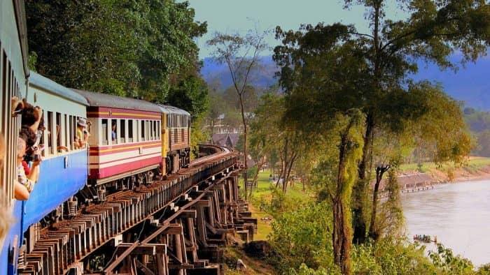 Поезда в Таиланде