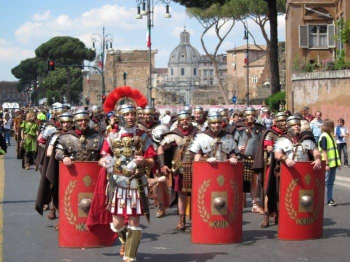 Празднование дня рождения Рима