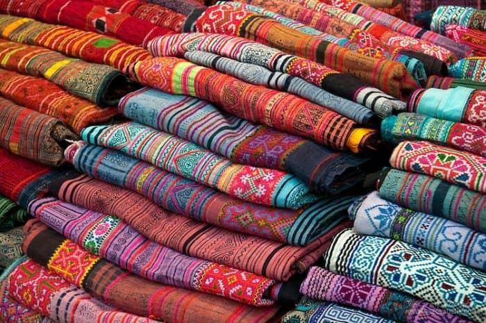 Тайские шелковые изделия
